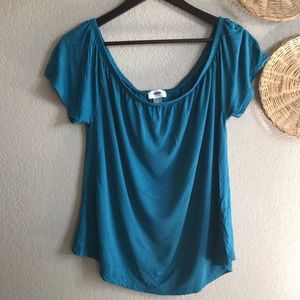 Old Navy turquoise shirt